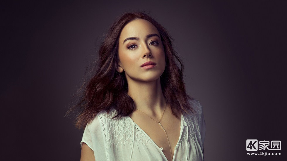 chloe-bennet-for-emmy-magazine-dq-3840x2160.jpg