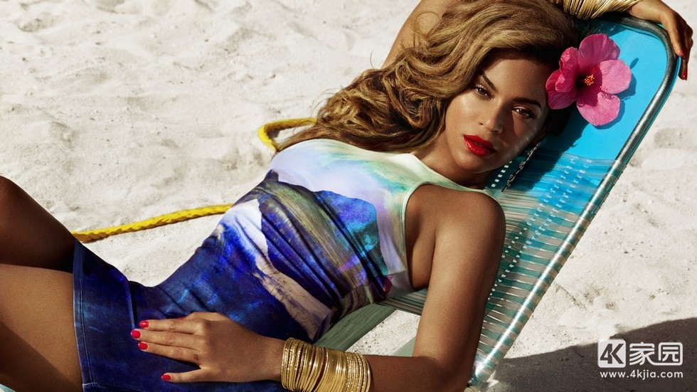 beyonce-in-h-and-m-summer-collection-2019-fg-3840x2160.jpg