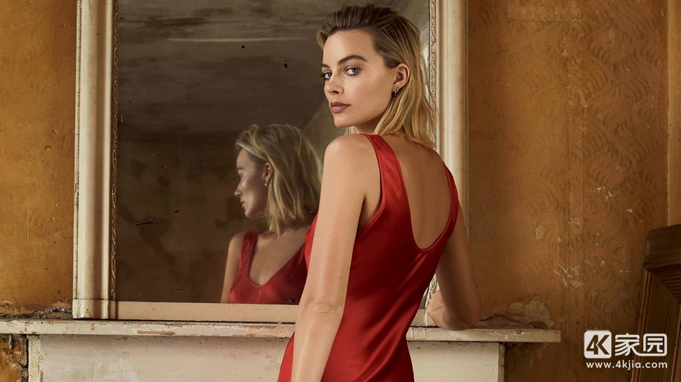 margot-robbie-in-red-dress-photoshoot-for-evening-standarad-7a-3840x2160.jpg